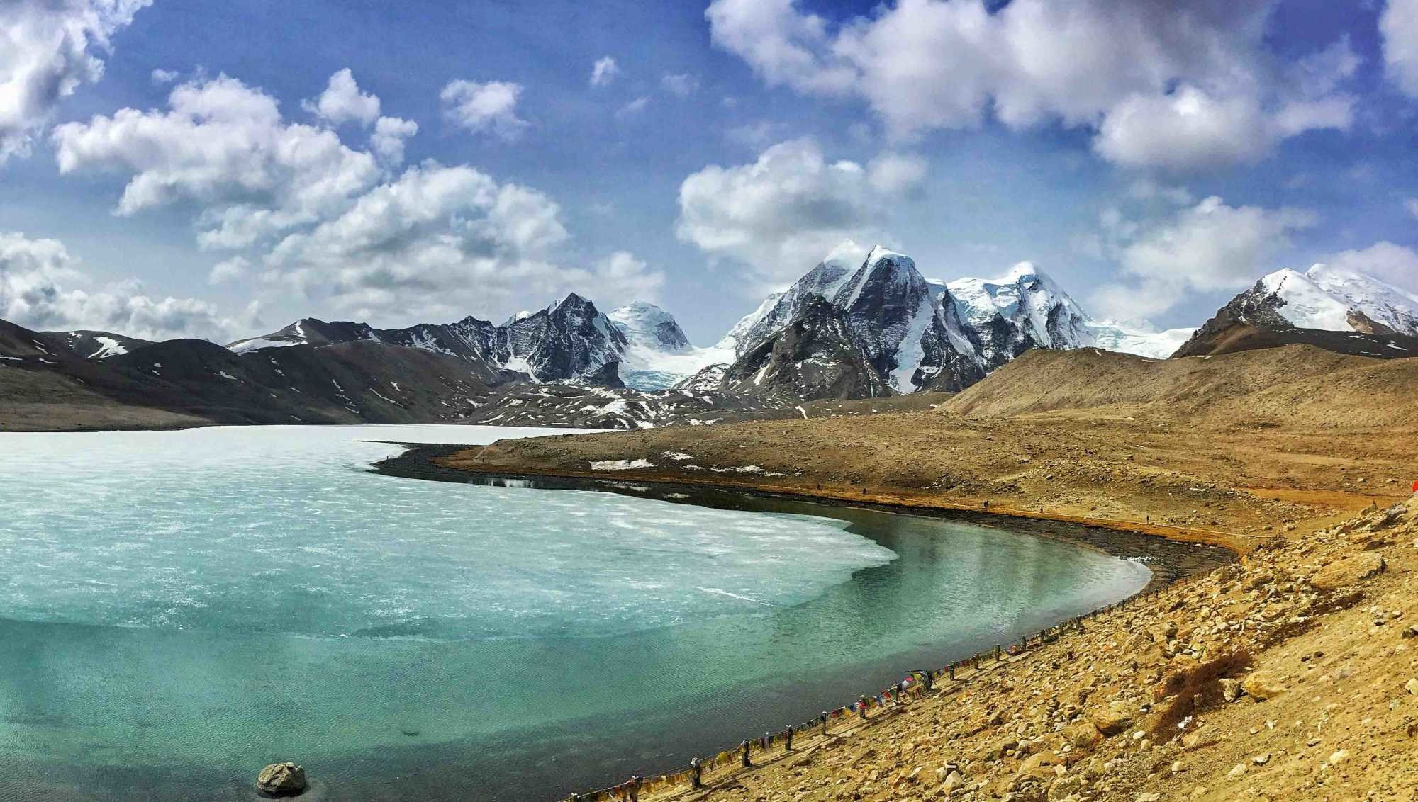 Gurudongmar-lake-north-sikkim